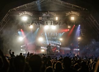 Catfish and the Bottlemen headlining Liverpool Sound City 2016 from the perspective of the crowd