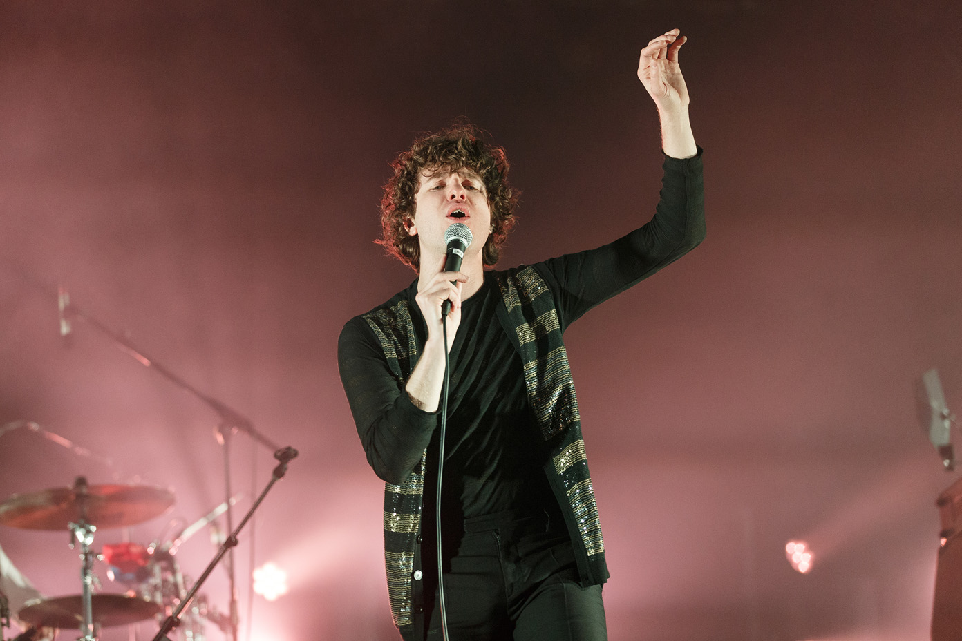 Luke Pritchard of The Kooks on stage at Liverpool Sound City 2017