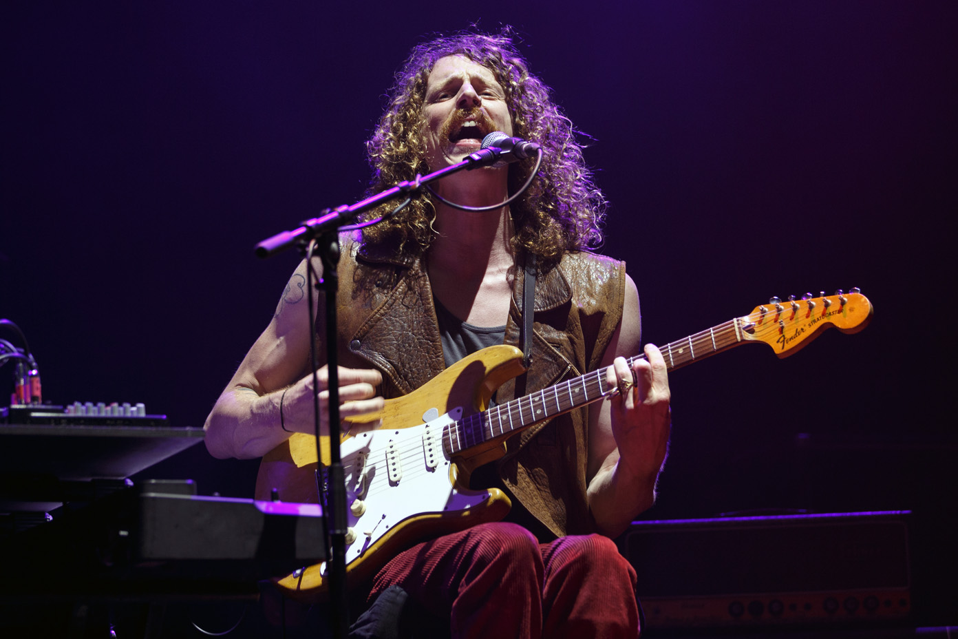 Blaine Harrison of Mystery Jets performing at the O2 Apollo Manchester on 27 June 2017. Photo: Katy Blackwood